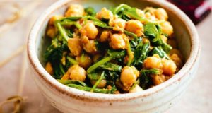 smashed-chickpeas-with-spinach-26502_l