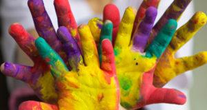 kids-hands-paint